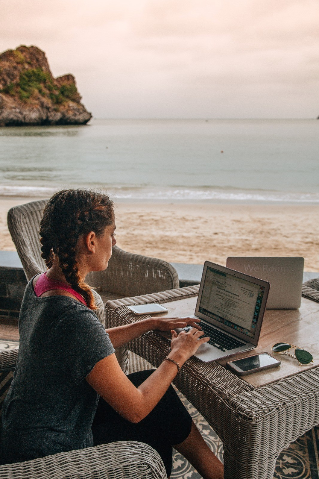 Work Anywhere Professional Adventurer